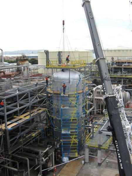 imgSPIIND fabricated walkways and working platforms installation at Refining NZ