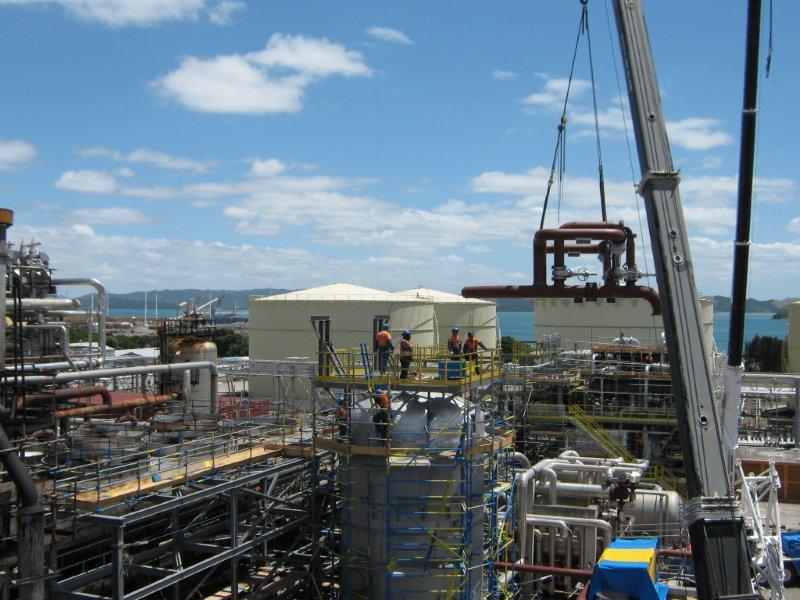 imgSPIIND fabricated Vessel Manifold installation at Refining NZ